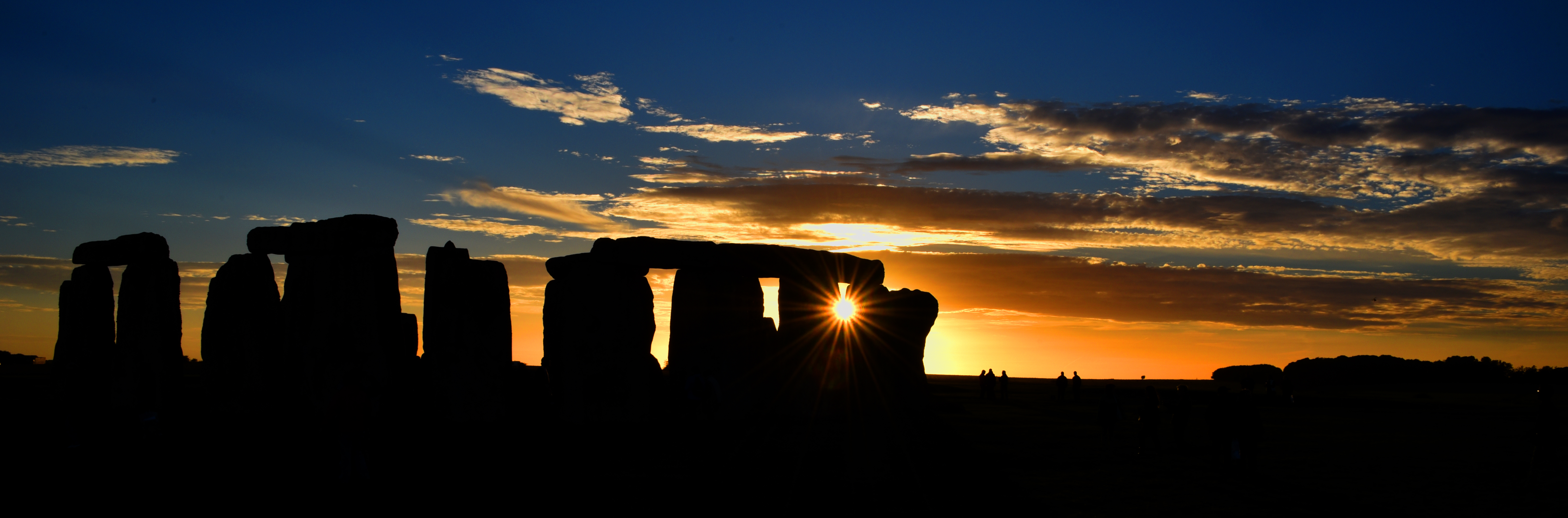 The iconic Stonehenge, a great day trip from London.