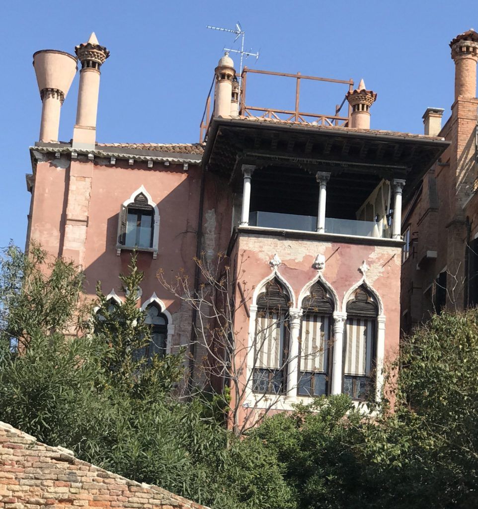 Palazzo Dario's chimneys are designed to prevent fires so prevalent in those days.