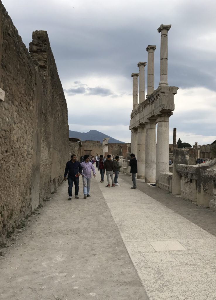The Pompeii Roman forum was lined with two floors of marble columns.