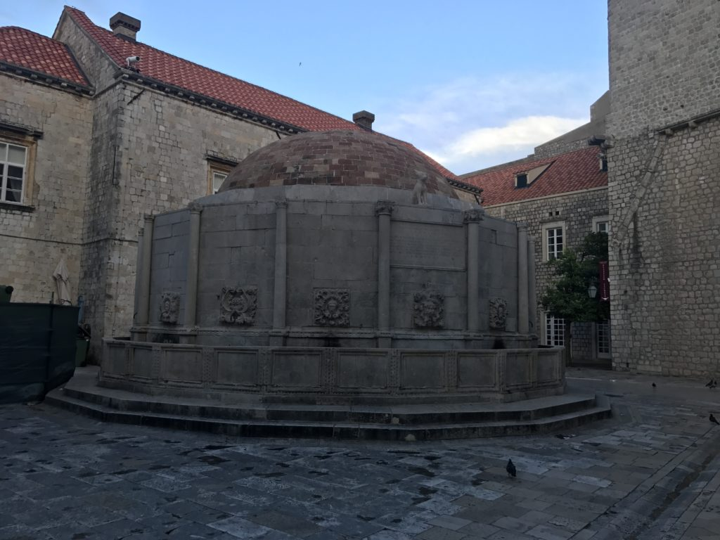 The well of Dubrovnik is an important landmark for centuries and it's also the start of the walk on the wall.