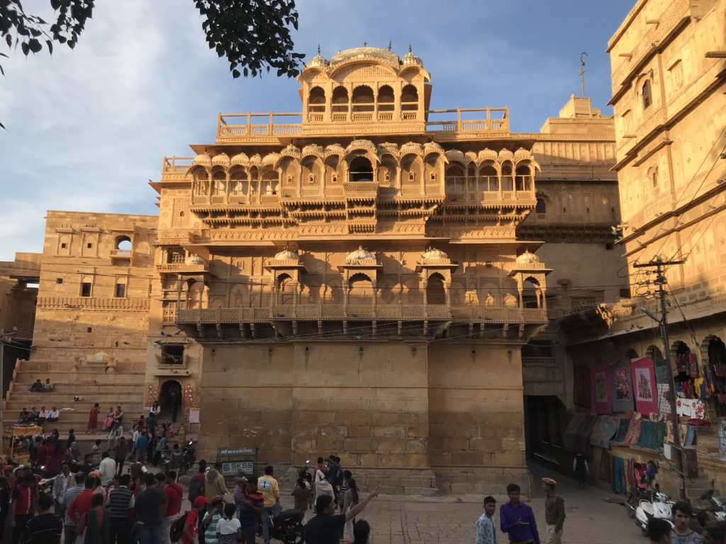 Jaisalmer - King's palace in the middle, queen's palace on the right and King's announcement platform on the left.