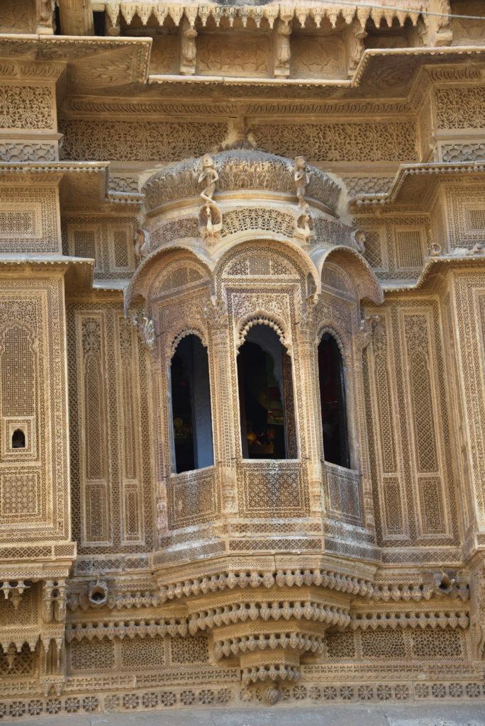 One of the windows (jharokah) in Nathmalji's Haveli.