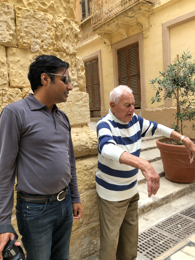 A Birgu resident, stopped to explain how we should avoid the building he was pointing to. It was ancient and not well maintained. In his animated English he was saying it could fall any time.