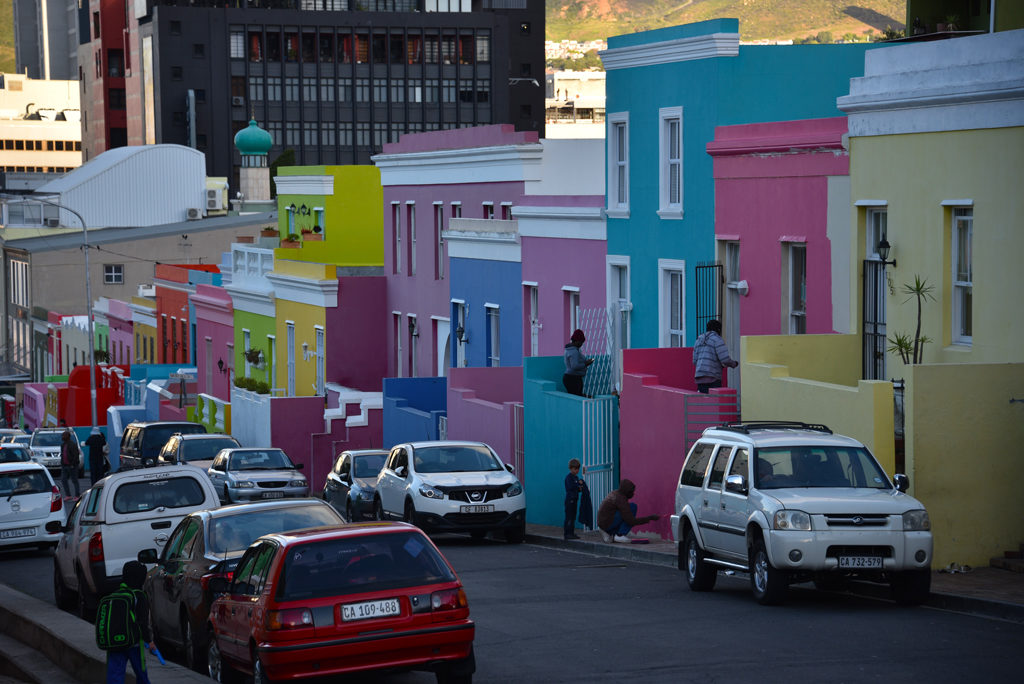 Any one can park in Bo-Kaap neighborhood of Cape Town. This not just a neighborhood parking but a city parking.