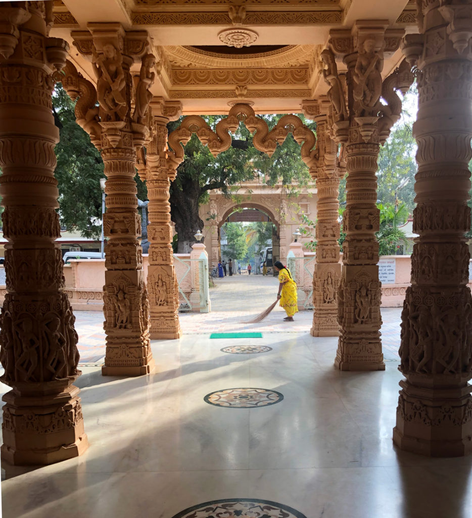 Kulpakji Jain temple is kept sparkling clean by the dedicated staff and the mindful worshippers.