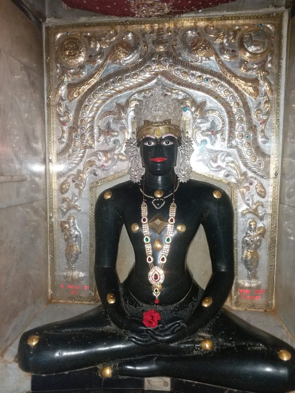 Naminath bhagwan's statue in Kulpakji temple near Hyderabad.