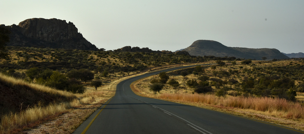 drive from Windhoek to Namib-Naukluft National Park.